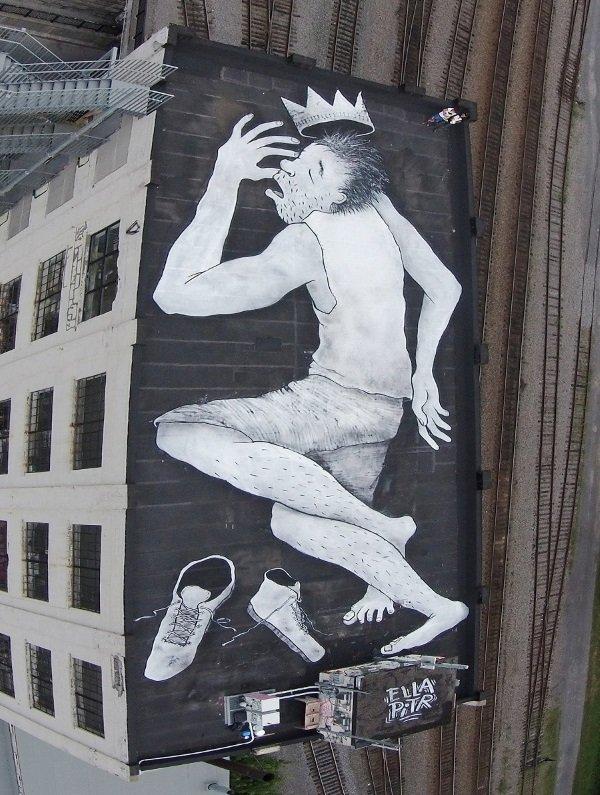 Рисунок на крыше