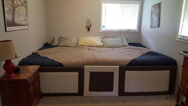Кровать для семьи с животными