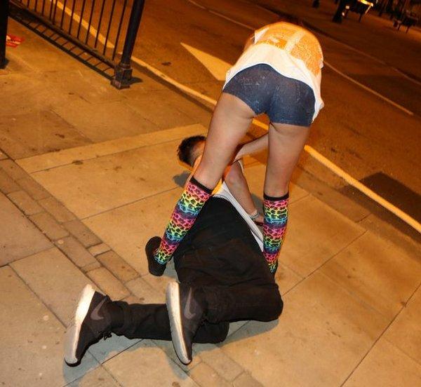 Как гуляют пьяные студенты фото 129-912