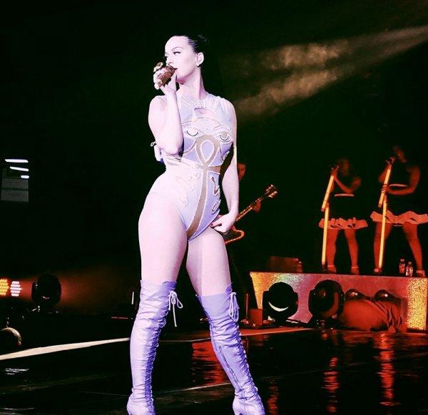 Katy Perry на концерте