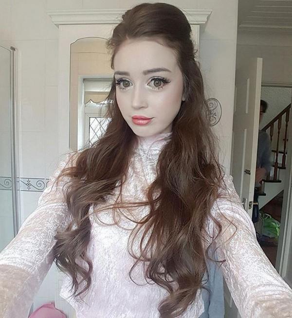 Английская Барби