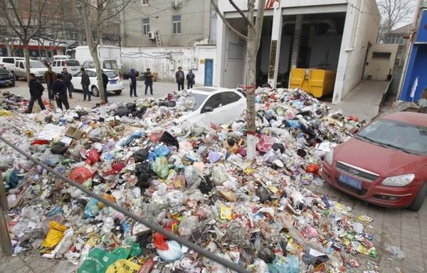 Не загораживай дорогу мусорке