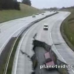 Землетрясение  - Видеоприколы