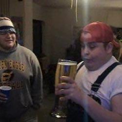 Скоростное поглощение пива - Видеоприколы