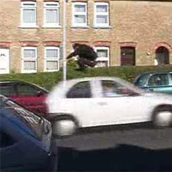 Прыжок через машину - Видеоприколы