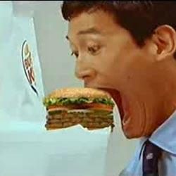 Человек-змея : Прикольный ролик Burger King