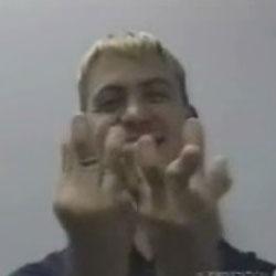 Эластичные пальцы - Видеоприколы