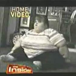 Семилетний ребенок весом 222 килограмма