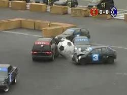 Футбол на машинах