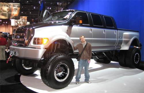Ford : Ну очень большая машина